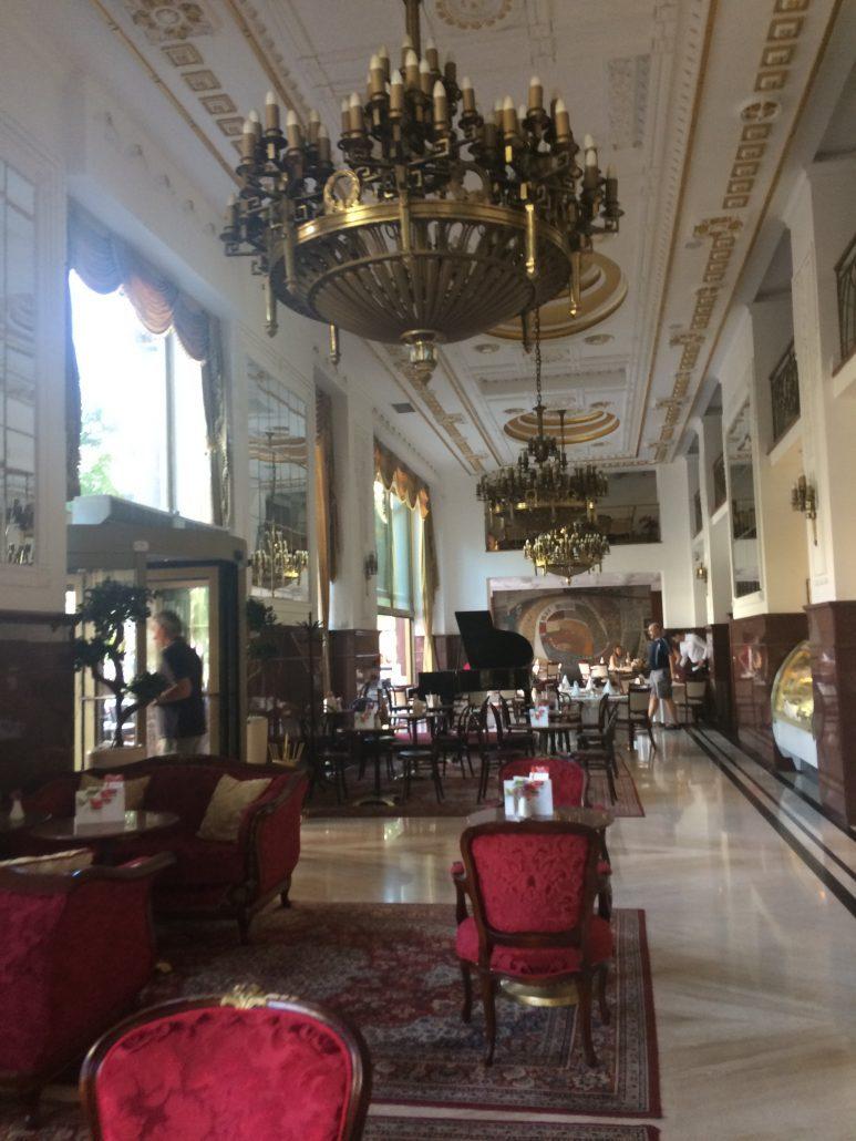 belgrad gezilecek yerler restoranlar