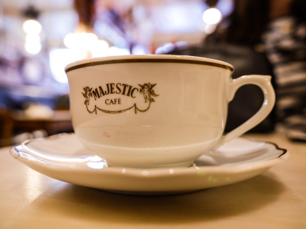 porto gezisi - majestic cafe
