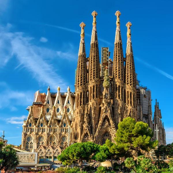 barcelona gezilecek yerler - sagrada familia