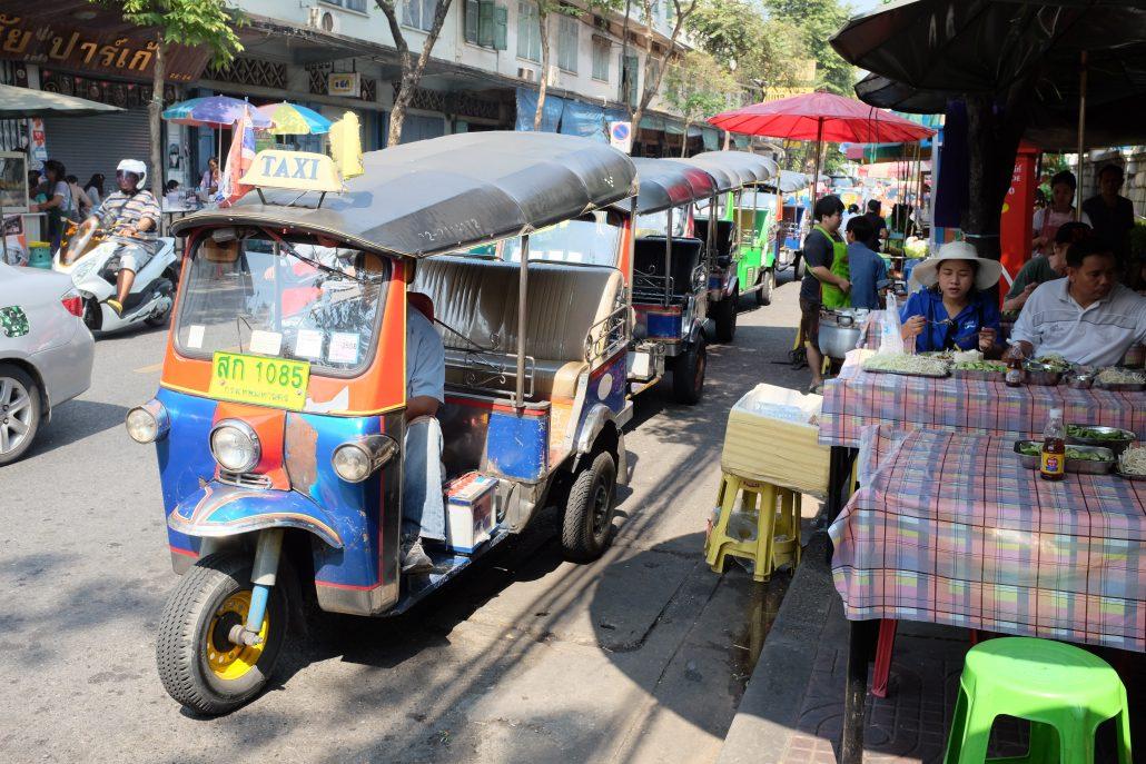 Tayland-tuktuk-2