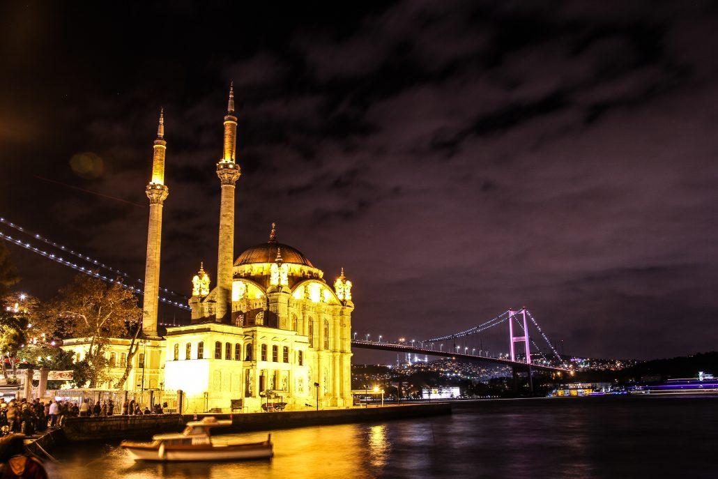 istanbulun en guzel manzara izleme yerleri - ortakoy