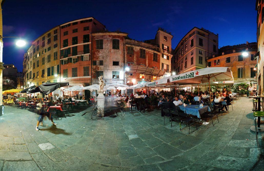 Cenova gece hayati - Piazza delle Erbe (1)