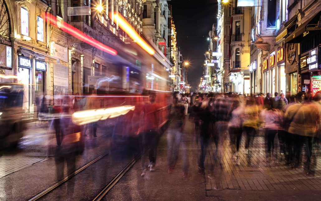 istiklal caddesi - istanbul gezilecek yerler