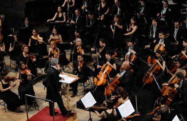 Franz Liszt Oda Orkestrası - Mischa Maisky