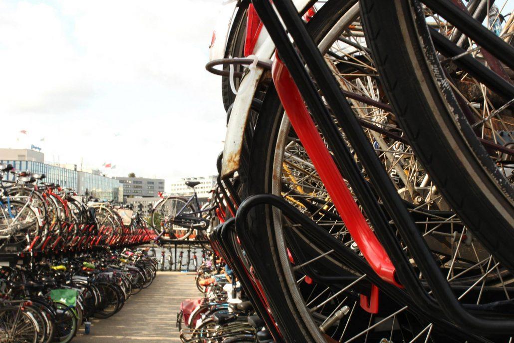 amsterdam gezi rehberi- bisikletler