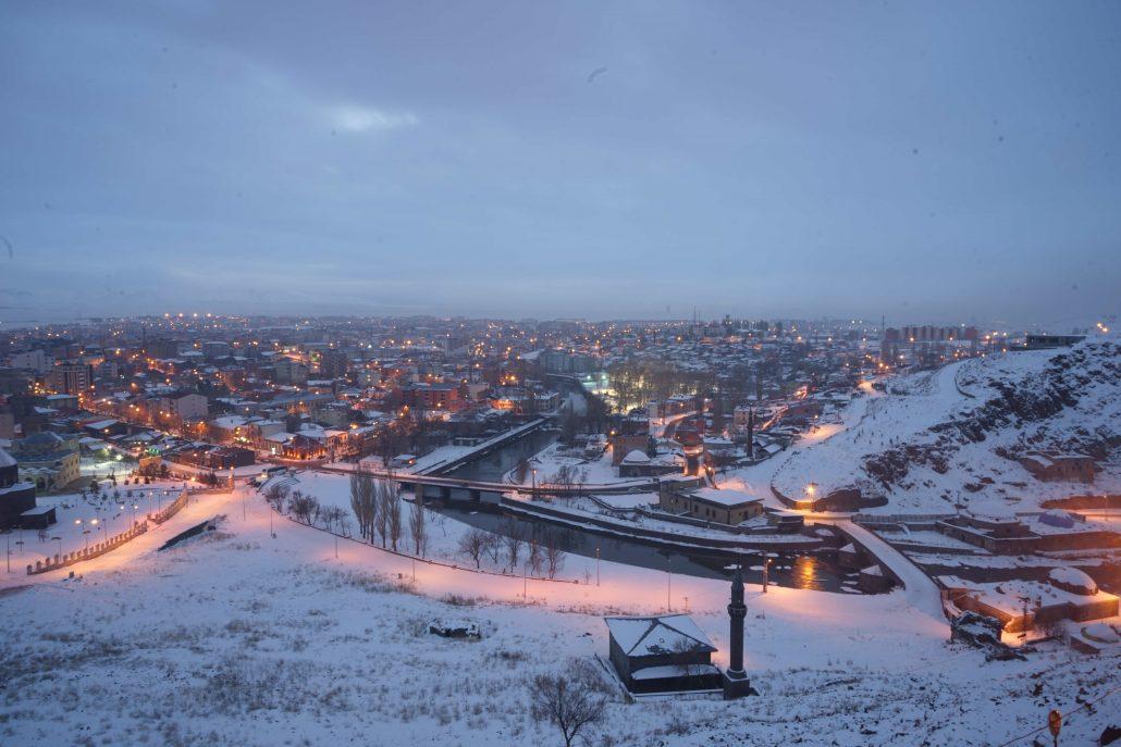 kars gezilecek yerler- sehir merkezi