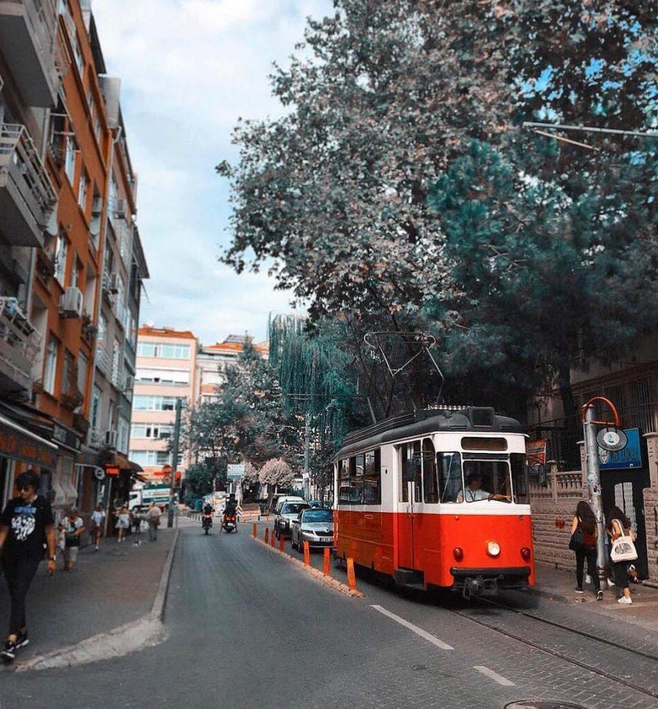 moda tramvayi - modada gezilecek yerler