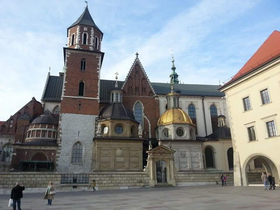 Polonya-gezi-rehberi-dini-yapi