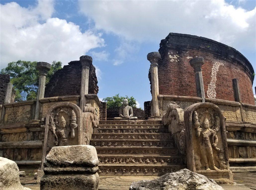 sri lanka'da gezilecek yerler - polonnaruwa
