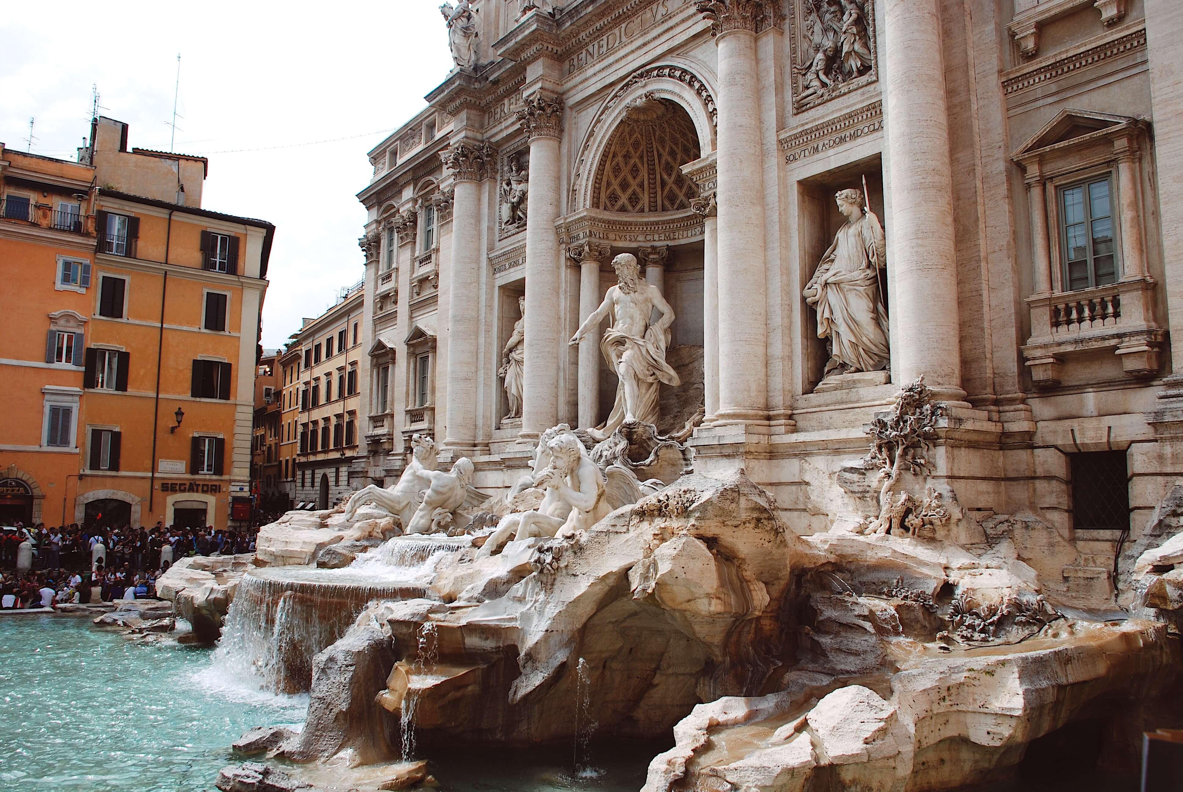 Roma Gezi Rehberi- Aşk Çeşmesi