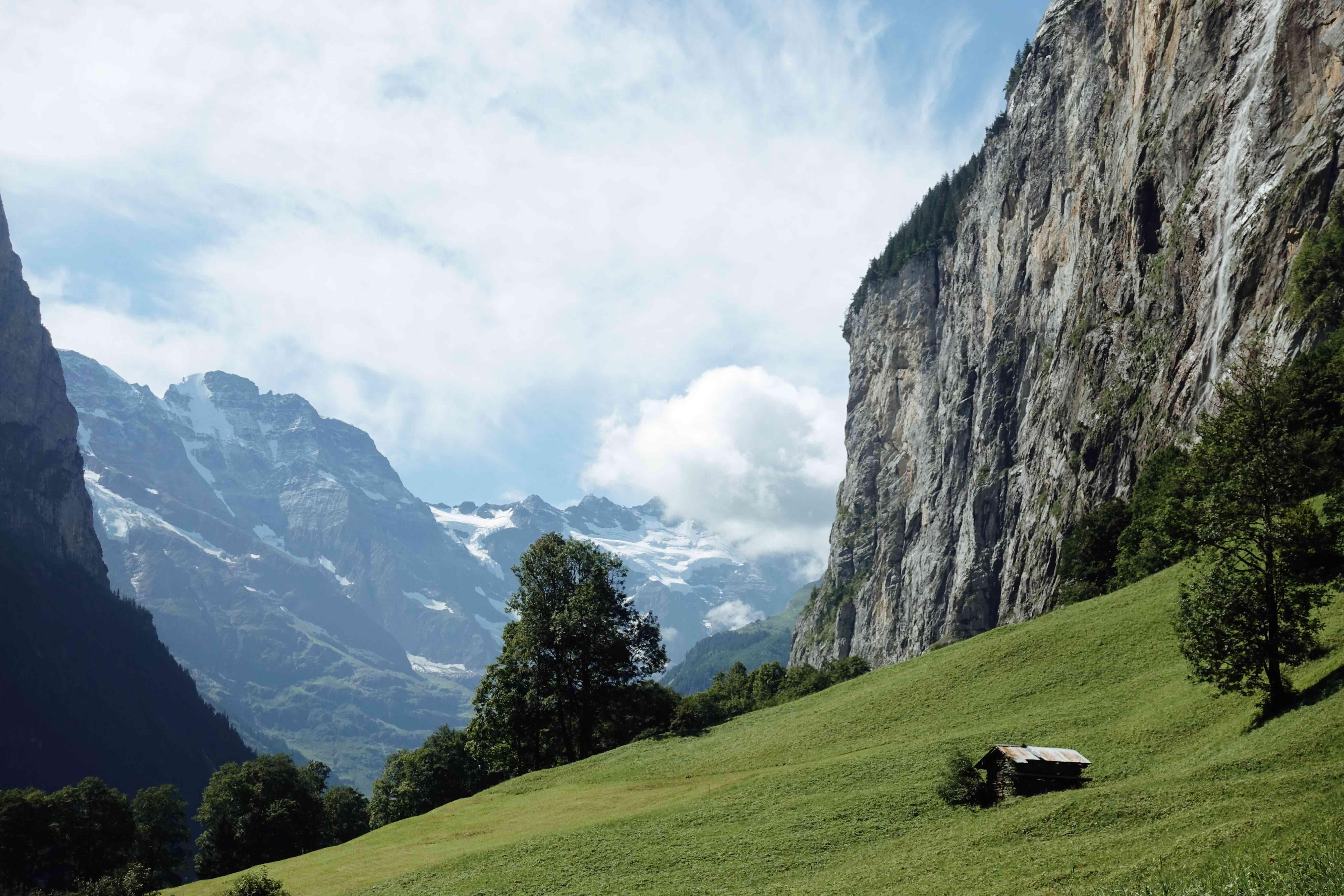 İsviçre'de Gezilecek Yerler-Lauterbrunnen