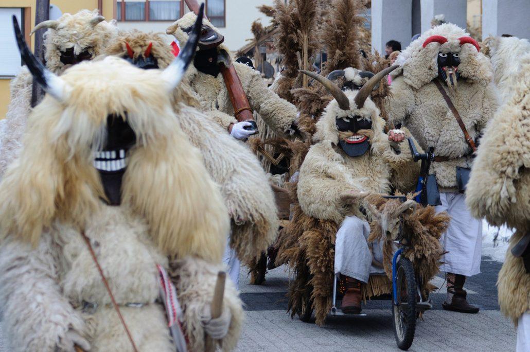busojaras festivali - macaristan gezi rehberi