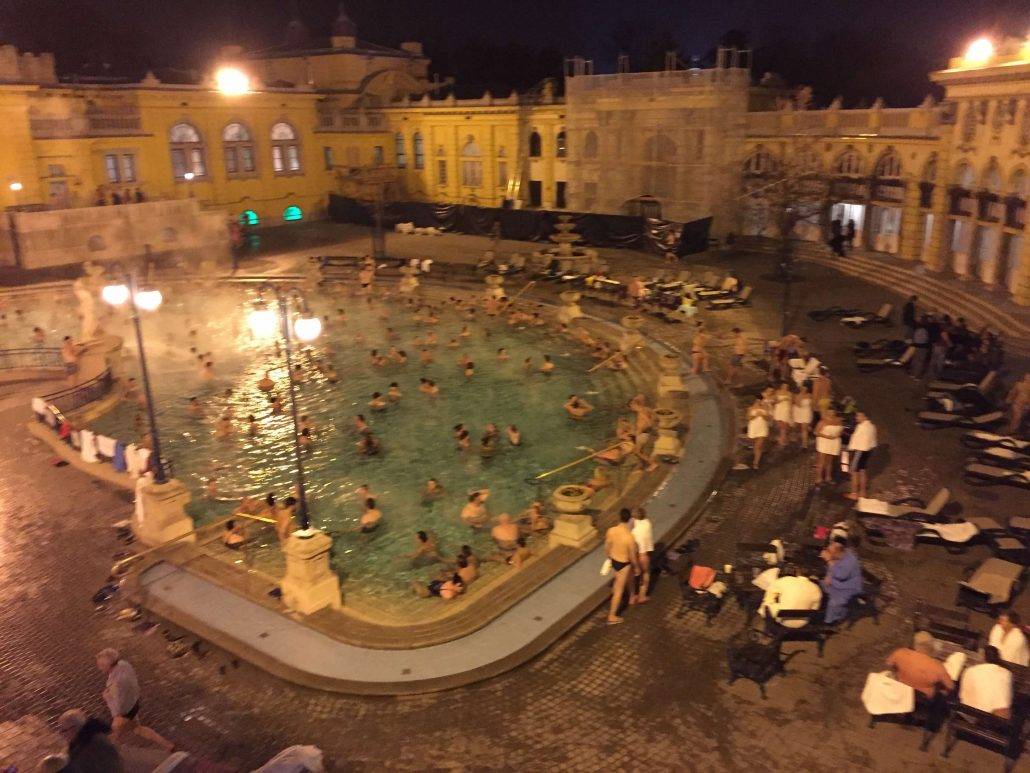 termal havuz - budapeşte gezi rehberi