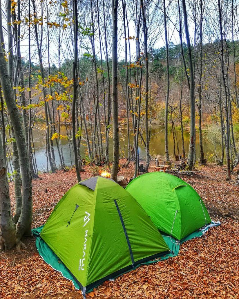 dipsiz göl - istanbul'a yakın kamp alanları